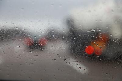 Regenfahrt mit dem Auto