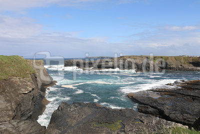 Cliffs bei den Bridges of Ross (Irland)