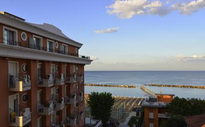 Abendstimmung am Strand von Rimini