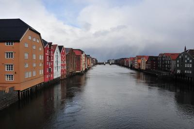 Speicherhäuser am Nidelv in Trondheim Norwegen