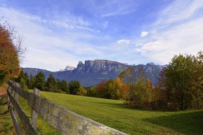 Der Schlern. Ein Bergmassiv in den Südtiroler Dolomiten.