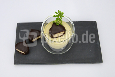 Bayerische Creme in der Variante mit Kastaniengeschmack