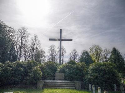 Hoffnung am Kreuz  2