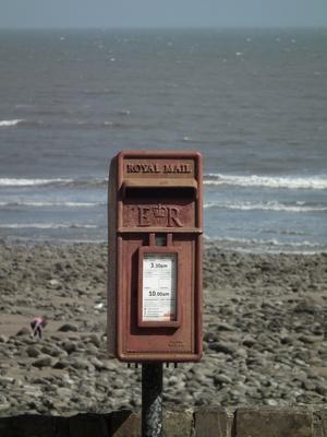 Briefkasten am Strand von Wiseman's Bridge
