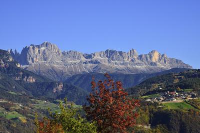 Rosengarten mit Steinegg, Südtirol
