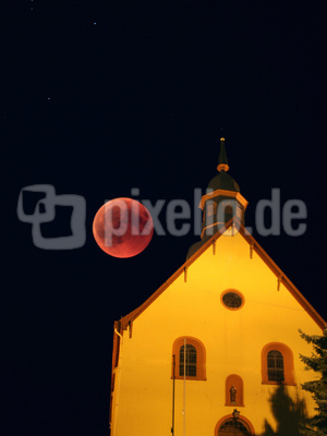 Mondfinsternis - Kirche Hillscheid
