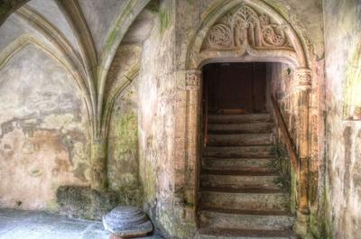Abtei Montbenoit - Kreuzgang
