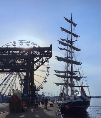 Segelboot bei der Hanse-Sail in Rostock
