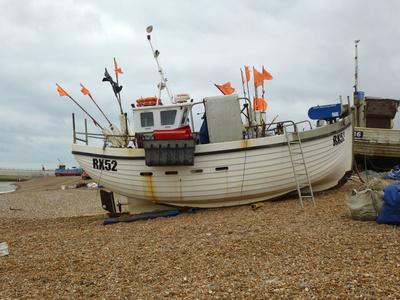 Fischerboot am Strand von Hastings