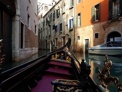 Ausfahrt in Venedig