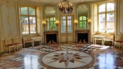 Schloß Clemenswerth - Zentralpavillon mit barockem Rundsaal
