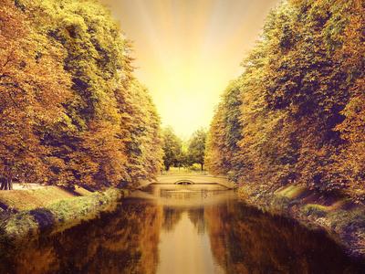 Kölner Kanal im Herbst