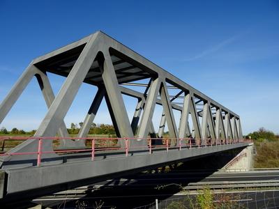 Bahnbrücke über die A71