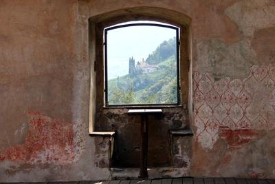 Blick durchs Burgfenster #2