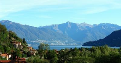 Oktobermorgen am Lago Maggiore