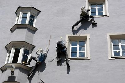 künstliche Fassaden-Kletterer #2