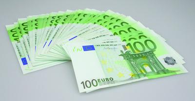 100-Euro-Scheine gefächert, Geldscheine, Geldfächer