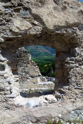 Durchblick Burgruine Lichtenberg