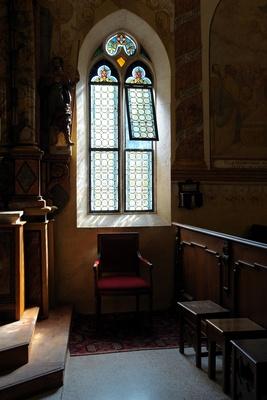 Kirchenfenster der Capella Maggiore