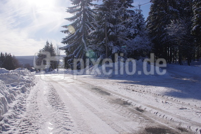 Winterweg bei Schmiedefeld