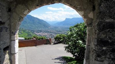Blick von Schloss Tirol