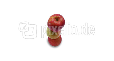Äpfel übereinander gestapelt