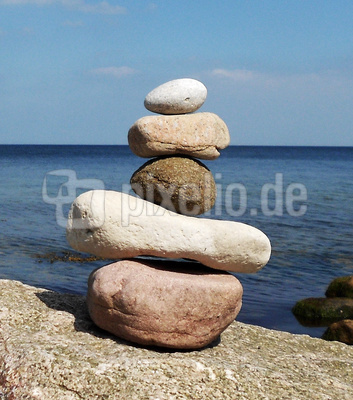 Balance eines Steinturmes