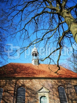 Kirchendach mit Türmchen