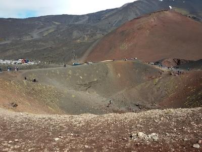 Besuch des Silvestri-Kraters am Ätna