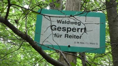 Waldweg gesperrt