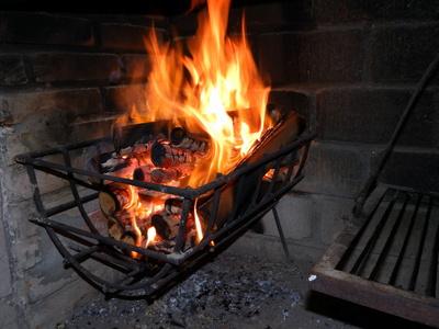 Feuer in unserem Parrillero