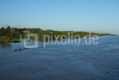 Schiffe auf dem Amazonas