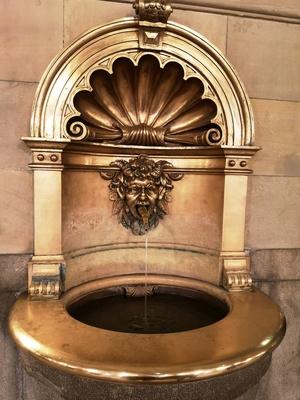 Brunnen im Hmb. Rathaus