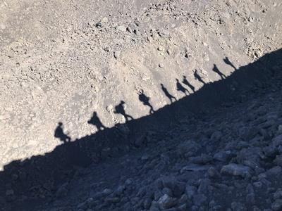 Schattengruppe am Ätna / Foto: Alexander Hauk