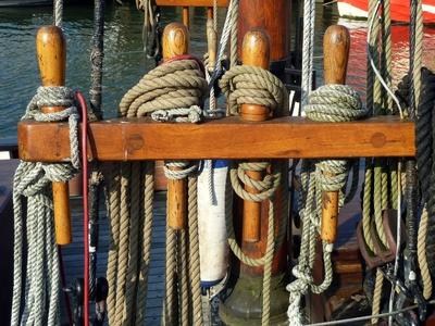 Takelage (Detail) auf altem Segelschiff