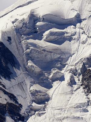 Schneebruch im Hochgebirge