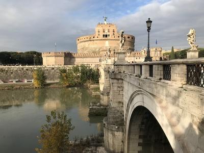 Rom: Engelsburg mit Tiber
