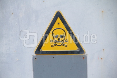 Achtung Gefahr: Schild mit Totenkopf / Foto: Alexander Hauk