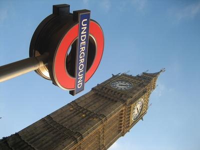 Big Ben in London im Hochformat