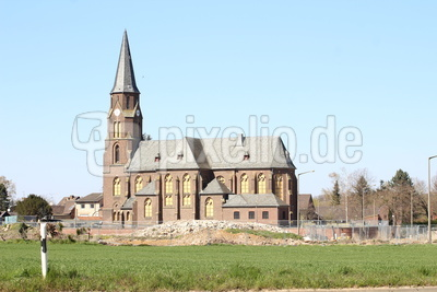 Abrißkirche in Kerpen Manheim - Alt