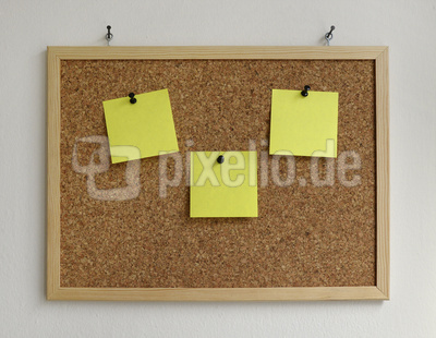 Pinnwand – mit Post-It's, zum Beschriften