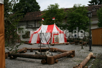 Frundsbergfest: Zelt eine Fähnleins in der Innenstadt