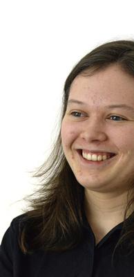 Pickelgesicht, junge Frau mit Akne