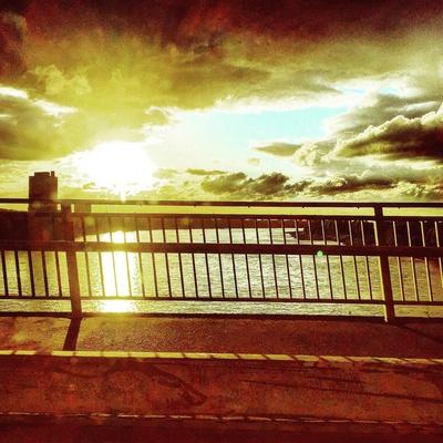 Sonnenuntergang an Rhein