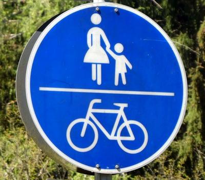 Fuß- und Radweg