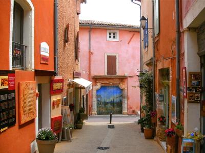 Roussillon Rue Richard Casteau