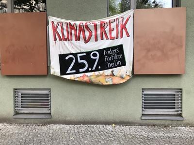 Banner: Klimastreik 25. September in Berlin