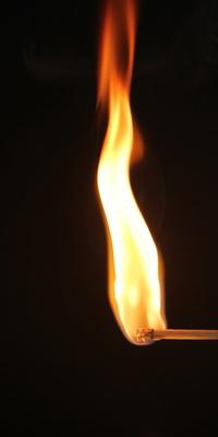 Brennendes Streichholz I