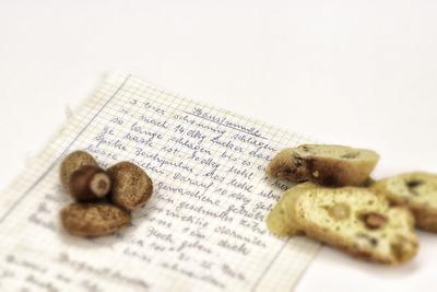 Weihnachtsbäckerei - handgeschriebenes Rezept für Hausfreunde