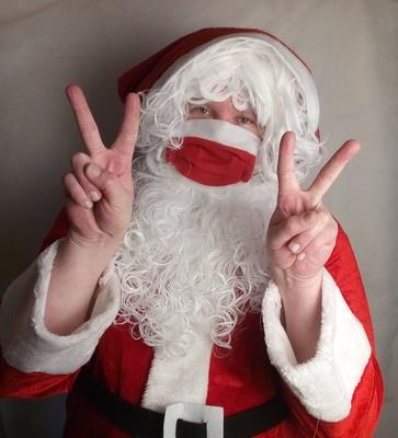Santa mit Maske 1